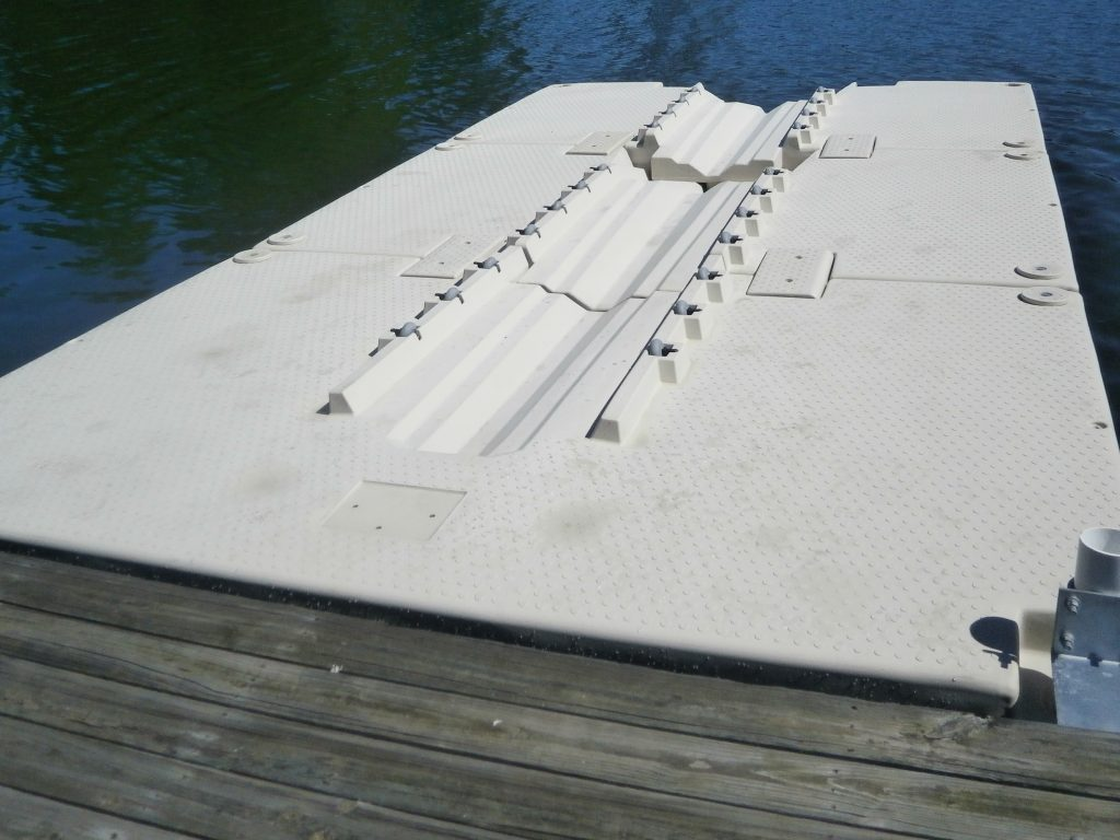 Wheely Dock floating Boat Lift